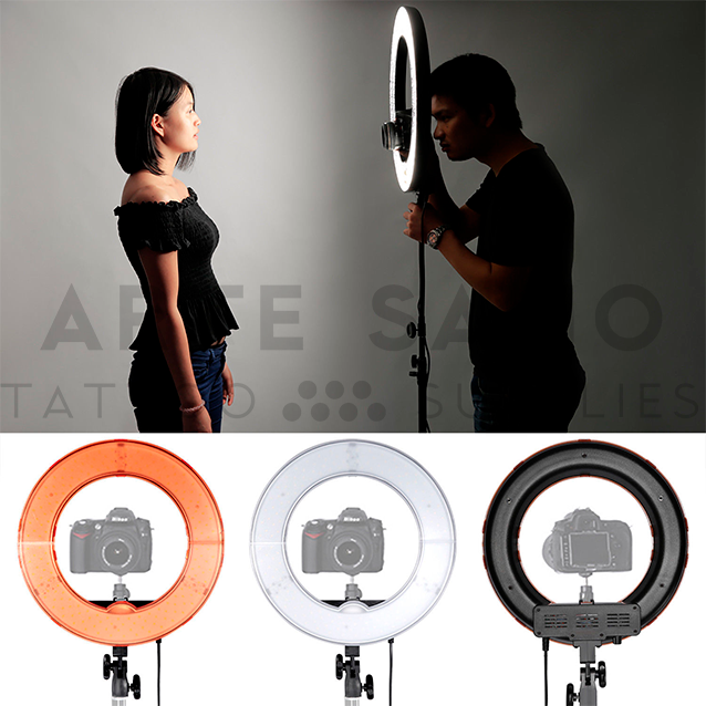 Aro de luz ajustable para hacer fotos a los tatuajes